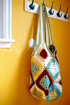 innovart en crochet: Carteras a toda hora...