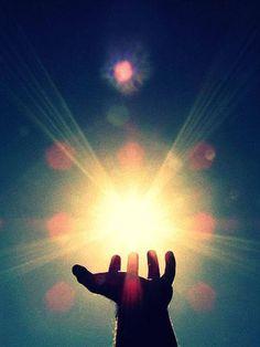 Use Reiki energy to help change the world Zazen Meditation, Cho Ku Rei, Are Psychics Real, Love Psychic, Online Psychic, Palm Reading, Spiritus, Psychic Mediums, Psychic Readings