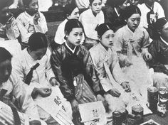 Japan Revising Official Apology Over WWII Comfort Women Further Evidence Of Nationalistic Agenda - http://www.warhistoryonline.com/war-articles/japan-revising-official-apology-wwii-comfort-women-evidence-nationalistic-agenda.html