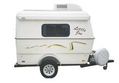 The Little Joe is a compact two wheel travel camper trailer. Small Trailer, Tiny Trailers, Vintage Trailers, Camper Trailers, Vintage Campers, Trailer Awning, Cargo Trailers, Teardrop Trailer, Ideas