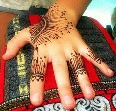 modern style mehndi design #mehndi #mehndidesign #henna #hennadesign