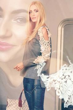 Ruffle Blouse, Outfits, Women, Fashion, Moda, Suits, Fashion Styles, Fashion Illustrations, Kleding