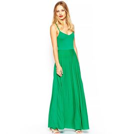 Find the best selection of ASOS Pleated Cami Maxi Dress. Shop today with free delivery and returns (Ts&Cs apply) with ASOS! Winter Date Night Outfits, Fall Outfits, Fashion Outfits, Womens Fashion, Asos, Latest Dress, Green Dress, Green Maxi, Ladies Dress Design