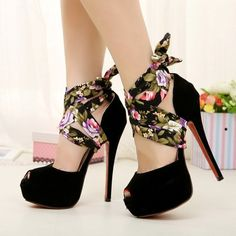 flower patterned ribbon shoes