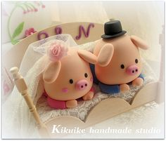 lovely piggy and piglet bride and groom wedding cake toppe… | Flickr