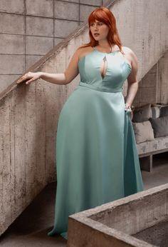 Vestido de festa verde claro 2020: 70 fotos, modelos e dicas - Pronta pra Festa Bridesmaid Dresses, Wedding Dresses, Sexy Curves, The Dress, Plus Size Dresses, Redheads, Ideias Fashion, Beautiful Women, Formal Dresses