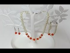 طريقة عمل طقم كوليه كامل من اللولي والالماظ (مناسب للعيد والمناسبات) Pearl Necklace, Pearls, Jewelry, Jewellery Making, String Of Pearls, Jewlery, Jewelery, Jewerly, Pearl Necklaces