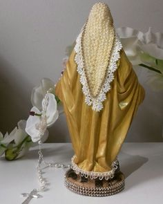 Religious Pictures, Divine Mother, Holy Mary, Deco Floral, Divine Feminine, Decoupage, Holi, Diy And Crafts, Craft Projects