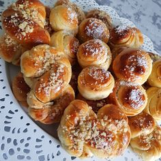 Cake Recipes, Dessert Recipes, Desserts, Food Cakes, Pretzel Bites, Bread Baking, Doughnut, Sweets, Homemade