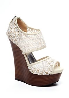 LOVE summer wedges Not quite so high. Christian Louboutin, Cute Shoes, Me Too Shoes, Look Fashion, Fashion Shoes, Paris Fashion, Girl Fashion, Lace Wedges, White Wedges