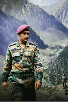 MS Dhoni   Dhoni Latest Photos, Pictures, Stills   Dhoni Photo gallery   dhoni family photos