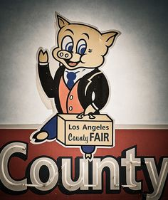 Los Angeles County Fair: Part 2, The Pig by Shakes The Clown