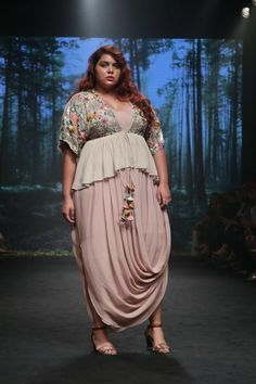 Shop Half Full Curve Draped maxi dress & wildflower kimono blouse , Exclusive Indian Designer Latest Collections Available at Aza Fashions Indian Wedding Outfits, Pakistani Outfits, Plus Size Gowns, Plus Size Outfits, Plus Size Lehenga, Stylish Dresses, Fashion Dresses, Drape Maxi Dress, Indian Gowns Dresses