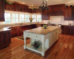 Old Mission Peninsula Kitchen - MAC Custom Homes