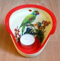http://bastelzwerg.eu/exotisches-Windlicht-Papagei-mit-Blumen?source=2&refertype=1&referid=5