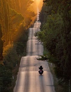 #caferacers #caferacer #inspiration #bikergear  #motorcycles #caferacerstyle hope you enjoy the cafe racer inspiration.
