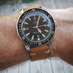 Tritium hands fitted by @simonfreesewatches 👌 #keeper #omega #seamaster #seamaster300 #vintage #165024 #1967 #omegaforums #hodinkee #watchfam #watchcollector #watchoftheday #watcheswithpatina #watchesofinstagram #horology #uk