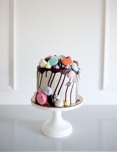 Chocolate Drip Cake, Chocolate Ganache, Mothers Day Chocolates, Lemon Cake Mixes, Cake Mix Recipes, Drip Cakes, Cake Decorations, Cake Creations, Cake Designs