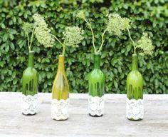 Decoração de festa com garrafas. Confira algumas ideias lindas e fofas que separamos http://www.seuevento.net.br/uberlandia/artigos-e-dicas/18/11/2013/decoracao-de-festa-com-garrafas/