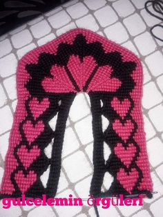 This Pin was discovered by Iğn Crochet Slipper Pattern, Crochet Slippers, Crochet Hats, Tunisian Crochet, Scarf Hat, Boot Cuffs, Knitting Socks, Sock Shoes, Diy And Crafts