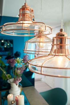 Ken jij deze koperen pareltjes al? Met deze hanglamp geef je je huis een industrieel tintje!