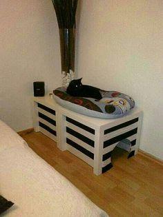 DIY Cat Hideaway