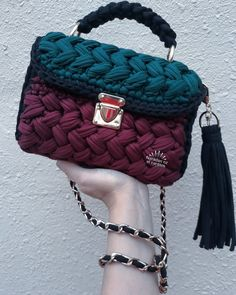 Crochet bag from @naradan_ozel_cantam