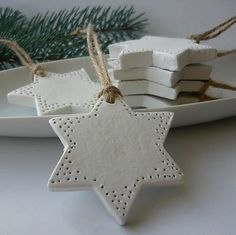 Hviezdičky sada / dzinus - Home Page Clay Christmas Decorations, Christmas Clay, Christmas Makes, All Things Christmas, Christmas Ornaments, Christmas Stars, Clay Projects, Clay Crafts, Clay Ornaments