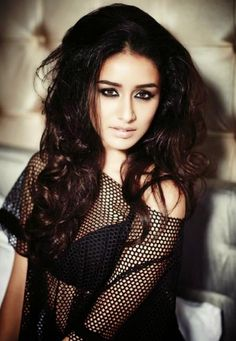 Bollywood actress Shraddha Kapoor best picture and wallpaper gallery. Best hd image of actress Shraddha Kapoor. Shraddha Kapoor Bikini, Shraddha Kapoor Cute, Indian Celebrities, Bollywood Celebrities, Indian Film Actress, Indian Actresses, Beautiful Bollywood Actress, Glamour, Indian Bollywood
