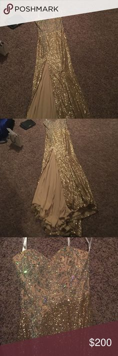 Dress Fully sequined mermaid gown features a sweetheart bodice embellished with crystal gems that pairs perfectly with the sexy leg opening.Bought it  for 398$ + tax never wore it. It's new with tags  you can check for more fotos at MackTack Mart. Dresses Wedding