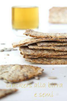 Crackers Integrali alla Birra e Semi