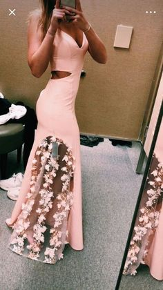 Buy Unique Pink Lace Satin Mermaid Long Prom Dresses V Neck Cheap Evening Dresses in uk.Shop our beautiful collection of unique and convertible long Prom dresses from PromDress.uk,offers long bridesmaid dresses for women in the UK. Cute Prom Dresses, Dance Dresses, Homecoming Dresses, Pretty Dresses, Formal Dresses, Graduation Dresses, Hipster Prom Dresses, Pink Mermaid Dress, Ball Gowns Prom