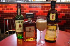 We worked out what it takes to get Santa Drunk: Coffee, Disaronno, Jameson & @Frangelico #Naughty