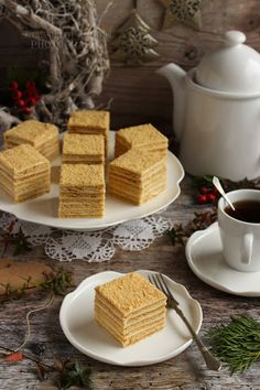 ...konyhán innen - kerten túl...: Marlenka Hungarian Cake, Hungarian Recipes, Hungarian Food, Russian Cakes, Sweet Recipes, Deserts, Food And Drink, Cooking Recipes, Yummy Food