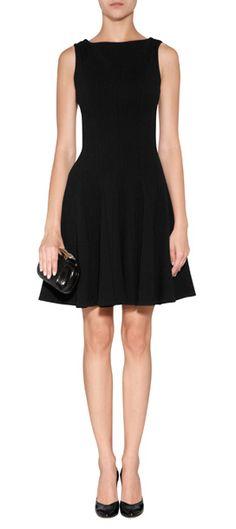 Stylishes Kleid aus schwarzem Wollstretch vom Londoner Hot-Label Issa #Stylebop