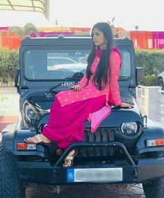 Girls Dp Stylish, Cute Girls, Trendy Suits, Punjabi Girls, Punjabi Fashion, Teenage Girl Photography, Girl Attitude, Girly Pictures, Cute Girl Photo