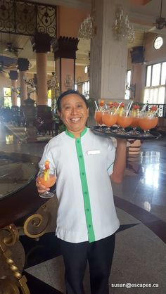 Riu Palace Riviera Maya. Your welcome cocktail