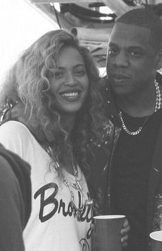 Beyonce and Jay Z - Throwback Photos of Iconic Hollywood Couples - Photos