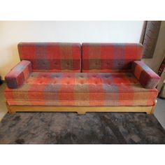 1000 ideas about banquette convertible on pinterest upholstered bench lit - Banquette lit vintage ...