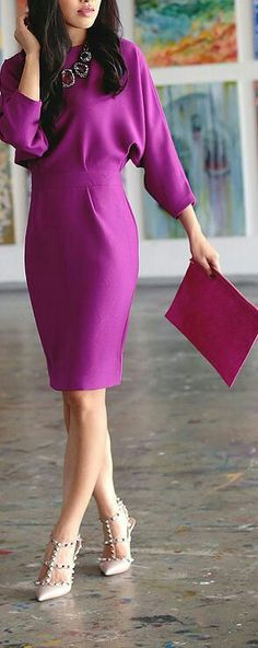 Gorgeous dress in a striking color - needs less of a batwing sleeve! Love the batwing style though because I have a very very skinny torso, and larger hips - so batwing styles helps balance upper and lower body.
