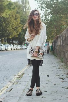 CLUTCH, KNIT { AND CUTE SPOTS }