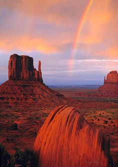 Rainbow in Monument Valley, Navajo Tribal Park, Utah. Everyone should drive through Utah at least once in their lives. So beautiful.