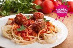 Sweet And Spicy Meatballs Over Spaghetti Cheap Family Meals, Cheap Dinners, Inexpensive Meals, Easy Dinners, Cooking On A Budget, Budget Meals, Budget Recipes, Spicy Meatballs, Turkey Meatballs