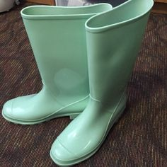 Asos mint jelly rain boots Cute mint rain boots! Haven't worn in over a year. Small scuffs on some parts ASOS Shoes Winter & Rain Boots