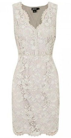 Winter wedding guest outfits: just where do you really start? Here's how to put together the perfect outfit for any winter wedding. Wedding Reception Outfit, Wedding Attire, Party Wedding, Reception Dresses, Rehearsal Dinner Dresses, Rehearsal Dinners, Wedding Rehearsal Dress, Courthouse Wedding Dress, Winter Wedding Guests