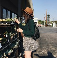 - ̗̀ smell the roses ̖́- ❂✧❁ ☼☽ pinterest| ZoeyDarling