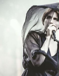 Florence Welch (Florence + Machine)...