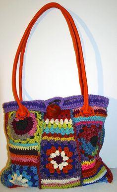 borsa uncinetto by fattoconilcuore, via Flickr