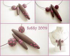 Necklace Pink Spots 2009 by Saskia Veltenaar, via Flickr