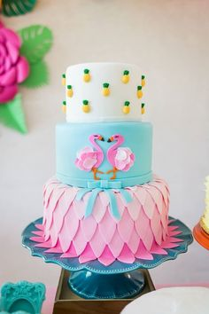 Flamingo cake idea with pineapple accents